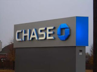 Chase%20bank%20sign[1]