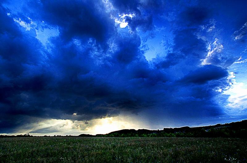 20070718093508_storm_1[1]