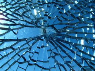 Broken_glass[1]
