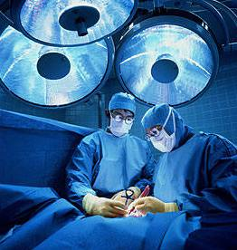 Heart-surgeons-at-work[1]